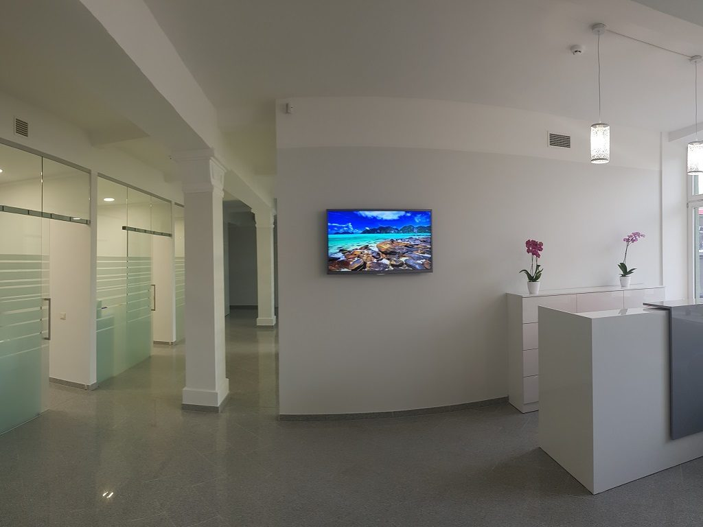 dental-clinic-riga-reception